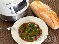 Рецепта Телешки джолан с кост в собствен сос с червени вино, доматено пюре, кетчуп и горчица в Делимано Мултикукър